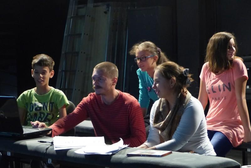 ASTĂZI, la Teatrul Vasilache: Teatrul Drepturilor Copilului