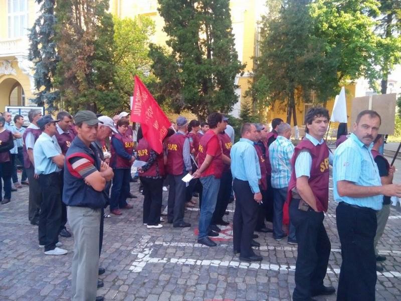 ASTĂZI: Poștașii din Botoșani ies în stradă! Ce nemulțumiri au!