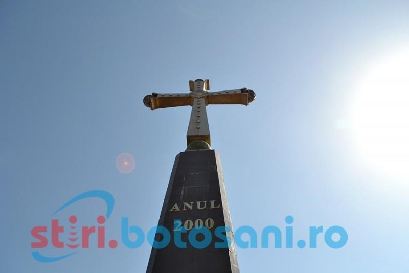 ASTĂZI: Slujbă de binecuvântare la Monumentul Sfintei Cruci