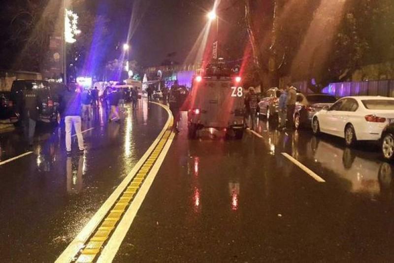 ATAC ARMAT de Revelion într-un club de noapte din Istanbul: Cel puţin 39 de persoane au fost ucise! VIDEO