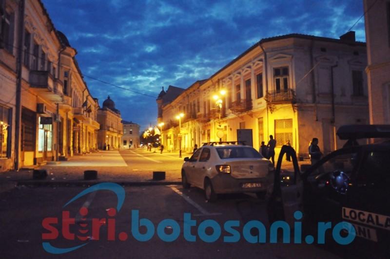Atacat de trei femei de etnie romă: S-a întâmplat în miez de noapte, în Centrul Vechi din Botoșani!