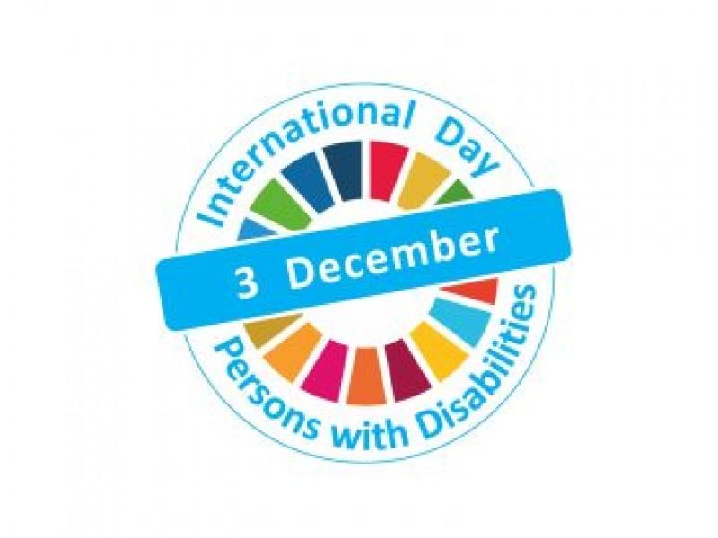 Ateliere de creație și momente artistice la Botoșani, de Ziua Internațională a persoanelor cu dizabilități!