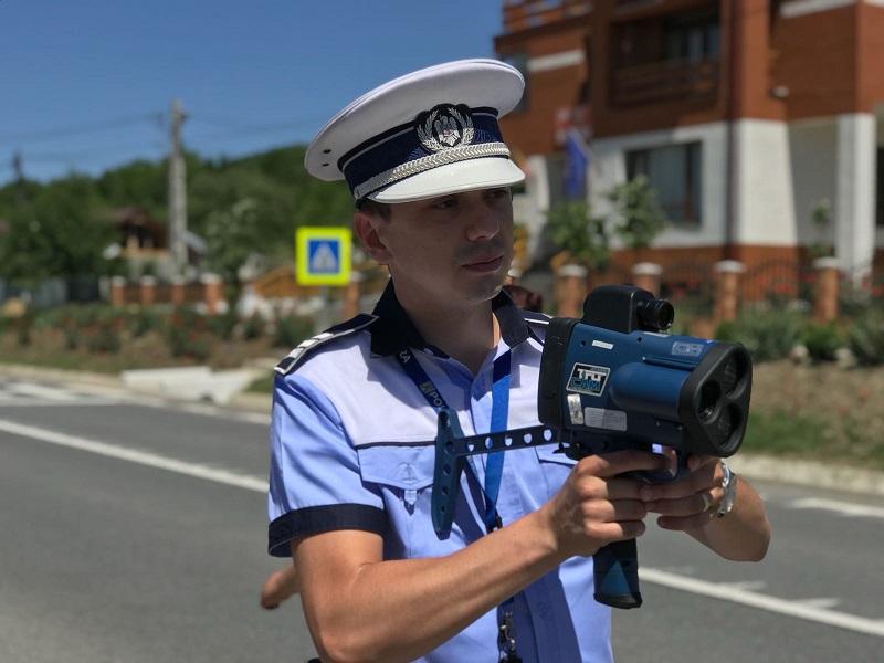 Atenție, dacă circulați spre Iași! Pistolul radar al poliției ieșene a intrat în acțiune și face victime