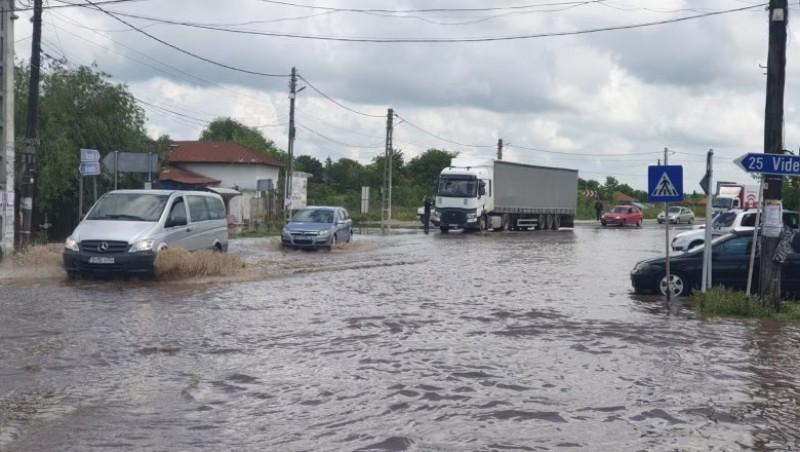 ATENȚIE dacă plecați la drum: restricții de trafic pe DN2 și DN22, din cauza condițiilor meteo