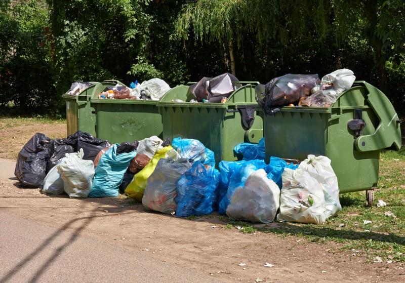 ATENȚIE! De astăzi, producătorii de deșeuri trebuie să le colecteze separat, ca să nu riște amenzi de până la 40.000 lei
