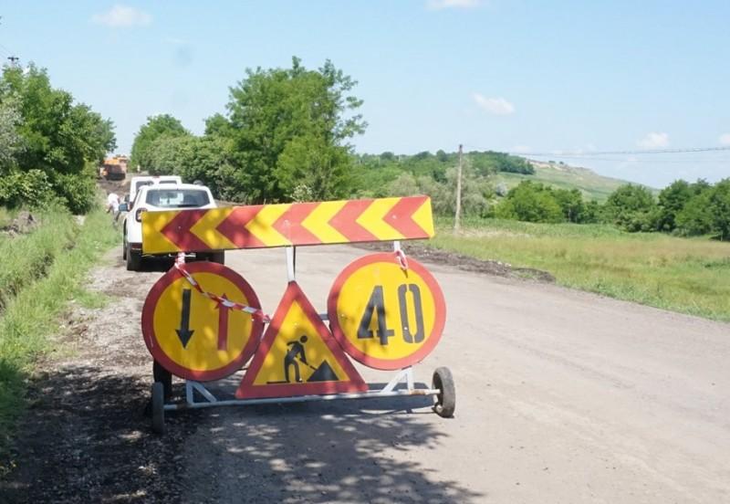 Atenție la drum! Vezi unde au loc astăzi lucrări pe drumurile naționale