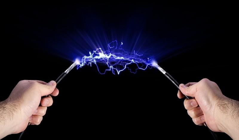 Atenție la șocurile electrice ale denigrărilor!