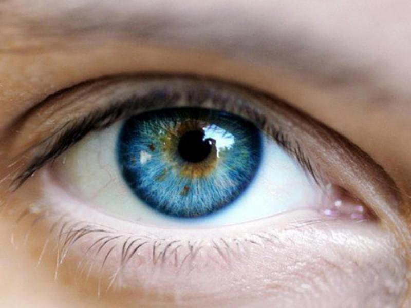 ATENȚIE! Uneori, semnele afecţiunilor cardiovasculare sau ale diabetului se pot vedea în ochi înainte să apară alte simptome