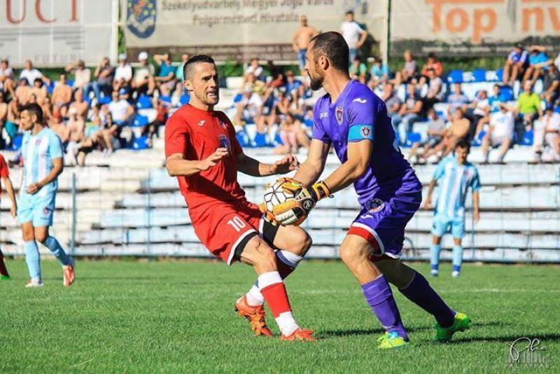 Attila Hadnagy e de neoprit in Liga a II-a! A marcat 3 goluri in victoria cu UTA Arad! Fratele lui Plamada a marcat si el!