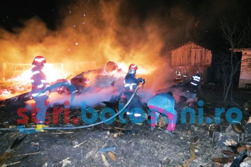Au copt porumb și au dat foc gospodăriei! Cine sunt incendiatorii!