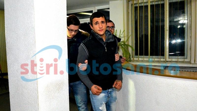 VIDEO: Au fost CAPTURAȚI cei trei tâlhari care au băgat spaima în botoșăneni! GALERIE FOTO