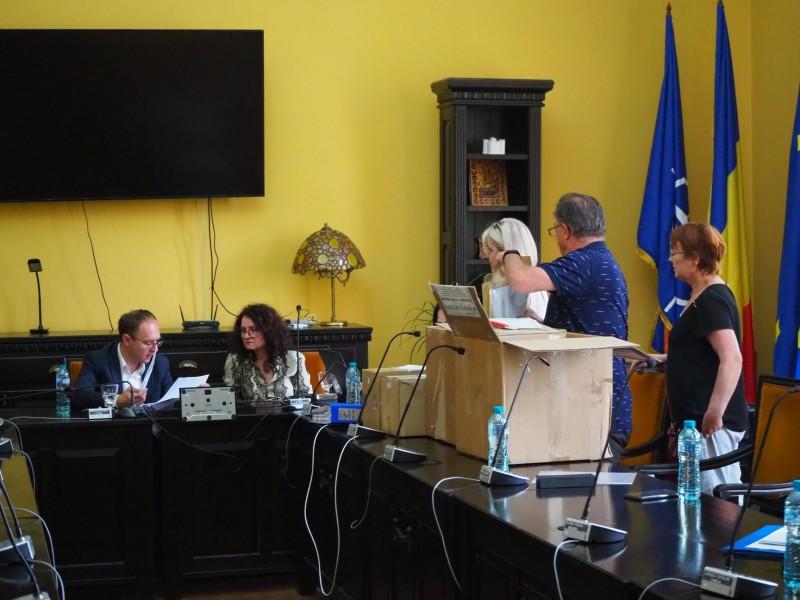 Au fost depuse ofertele pentru reabilitarea celor două căi de rulare a tramvaielor din Botoșani