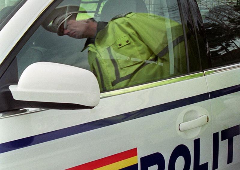 Au observat o neregulă la mașină, dar polițiștii au rămas fără cuvinte când l-au testat pe șofer!