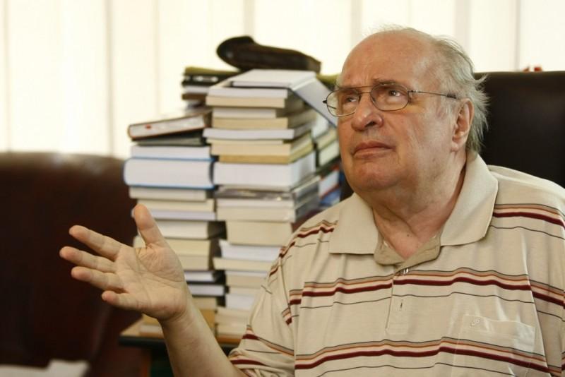 Augustin Buzura: Mândria de a fi slugă
