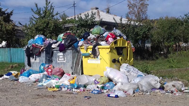 Autoritățile locale, eșec total în educarea populației și stimularea ei pentru realizarea colectării selective a gunoiului!