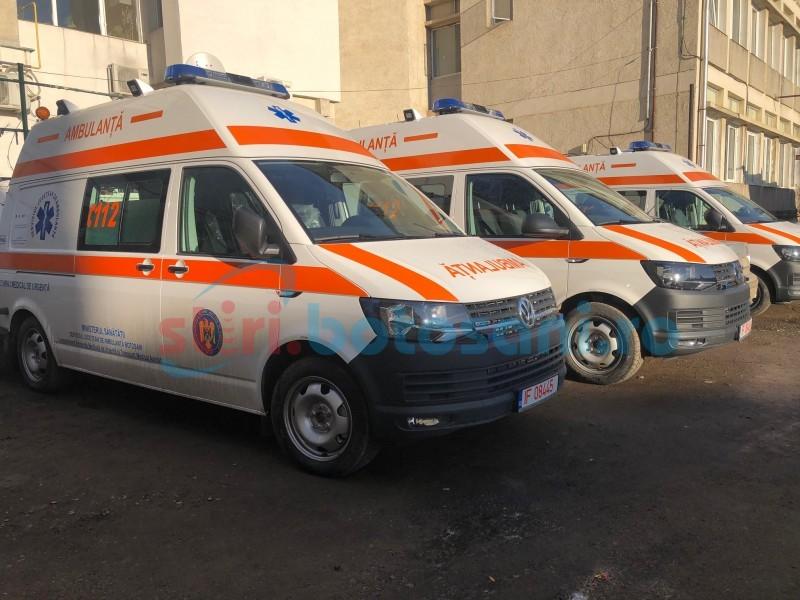 FOTO: Autospeciale noi pentru Serviciul Județean de Ambulanță
