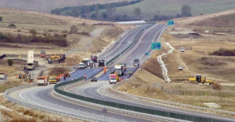 Autostrada A8 este BLOCATĂ ! Anul 2019 este pierdut! VIDEO: Iată cum se circulă în țările europene!