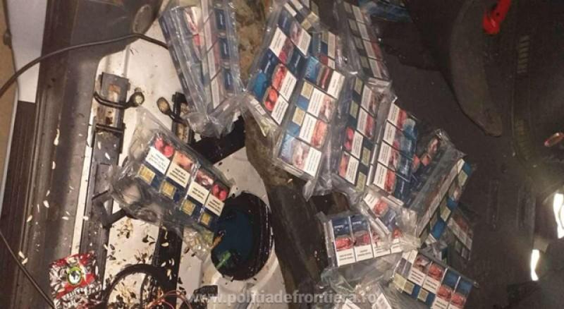 Autoturism burduşit cu țigări de contrabandă depistat la P.T.F. Stânca
