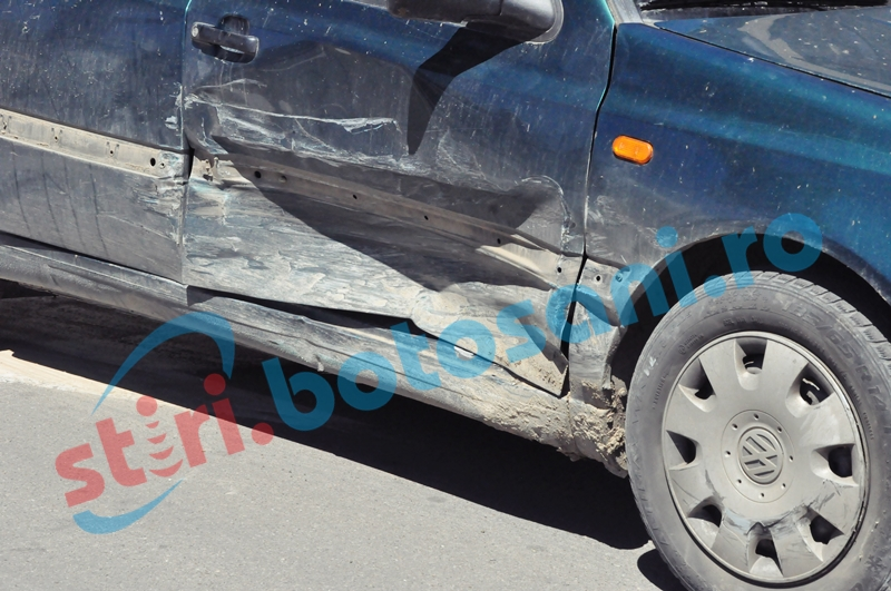 Autoturisme avariate pe o stradă din Botoşani de un şofer beat criţă!