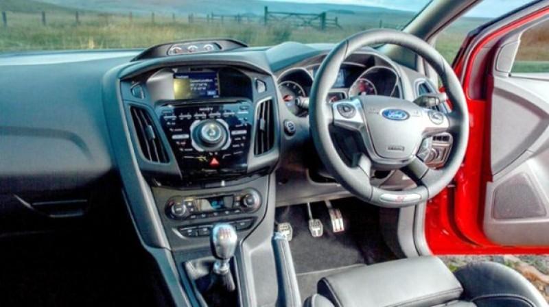 Autovehiculele cu volan pe partea dreaptă se mai pot omologa până la 31 Decembrie 2020