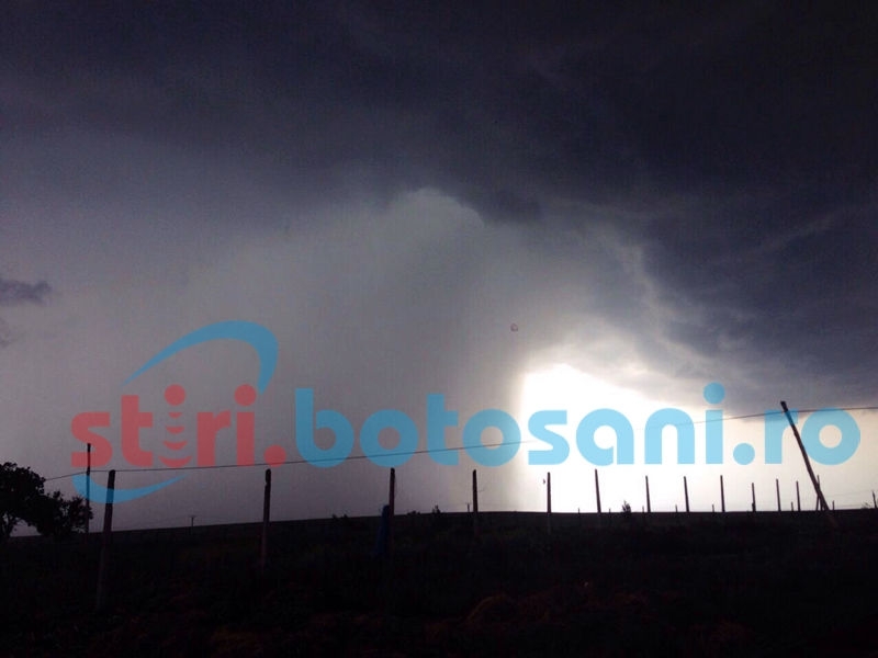 Avertizare de furtună în mai multe localități din județul Botoșani!