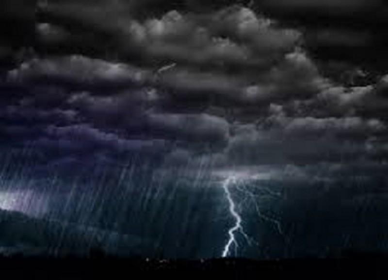 Avertizare meteo: Averse torențiale, descărcări electrice, grindină!