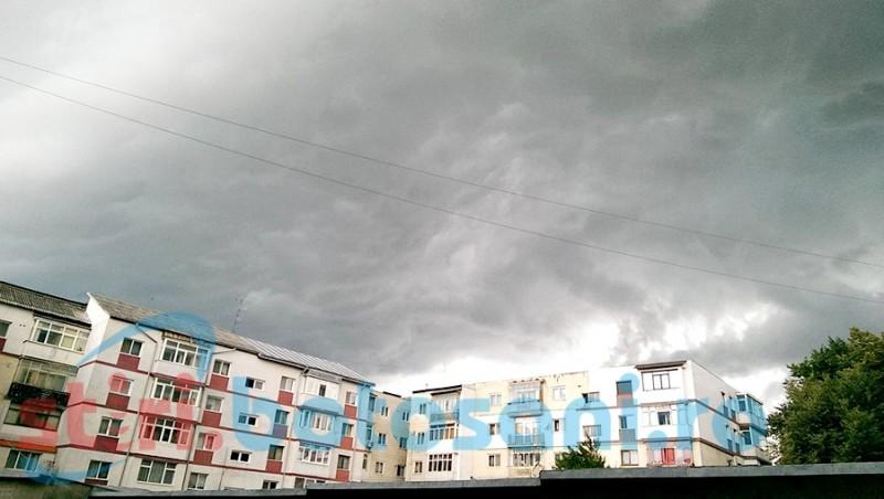 Avertizare meteo: vijelii, grindină și ploi torențiale! Vezi în ce interval!