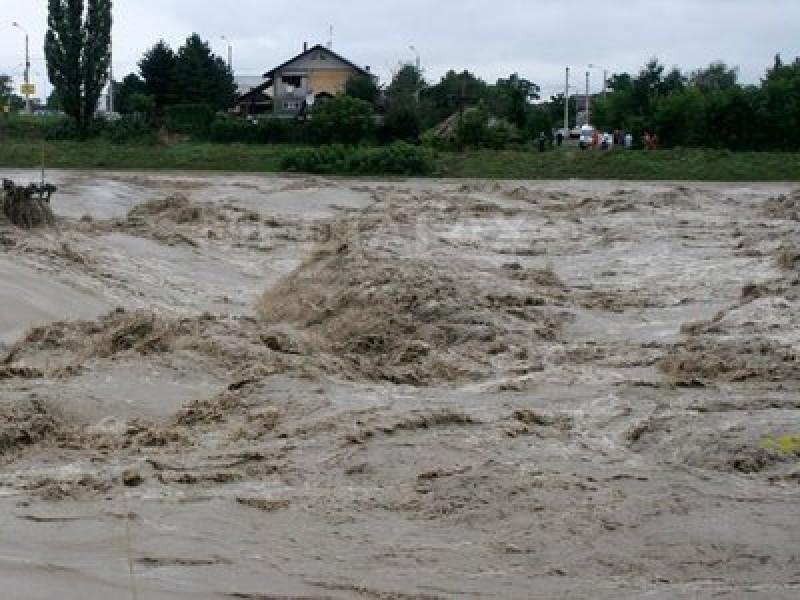 Avertizarea hidrologilor: Cod Galben de inundații în județul Botoșani!