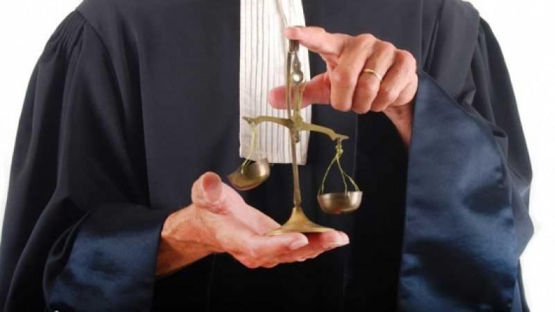 Avocații cu 18 ani vechime ar putea fi numiți în funcții de judecător și procuror prin interviu