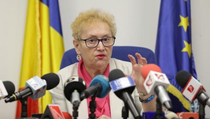 Avocatul Poporului, botoșăneanca Renate Weber, atacă la CCR ordonanța de urgență pe sănătate care dă acces spitalelor private la banii publici
