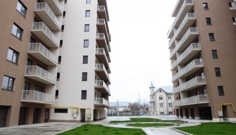 Balanța se înclină și confirmă migrația masivă: a scăzut cererea pentru locuințe în România. Prețurile au scăzut cu aproape 30%