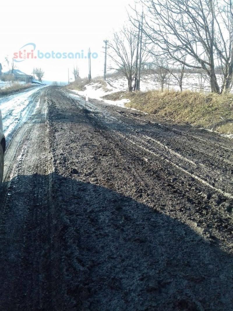 Bani ceruți de la bugetul de stat pentru investiții pe mai multe drumuri județene din Botoșani