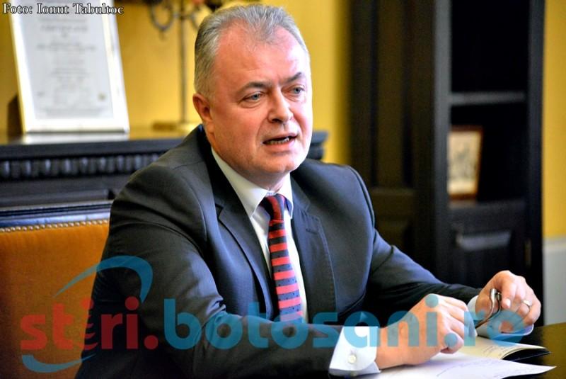 """Bani în """"pușculița"""" Primăriei Botoșani: """"Este o sumă care ne vine perfect"""", spune primarul Cătălin Flutur!"""