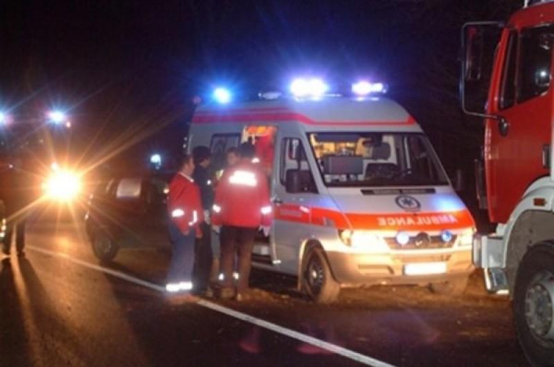 Bărbat accidentat mortal de o mașină, șoferul a fugit (video)