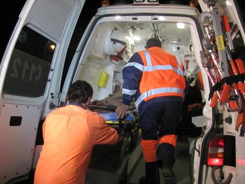 Bărbat ajuns în stare gravă la spital după ce a suferit mai multe arsuri