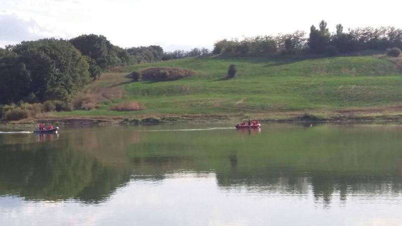 Bărbat înecat în apele Lacului Lebăda! FOTO