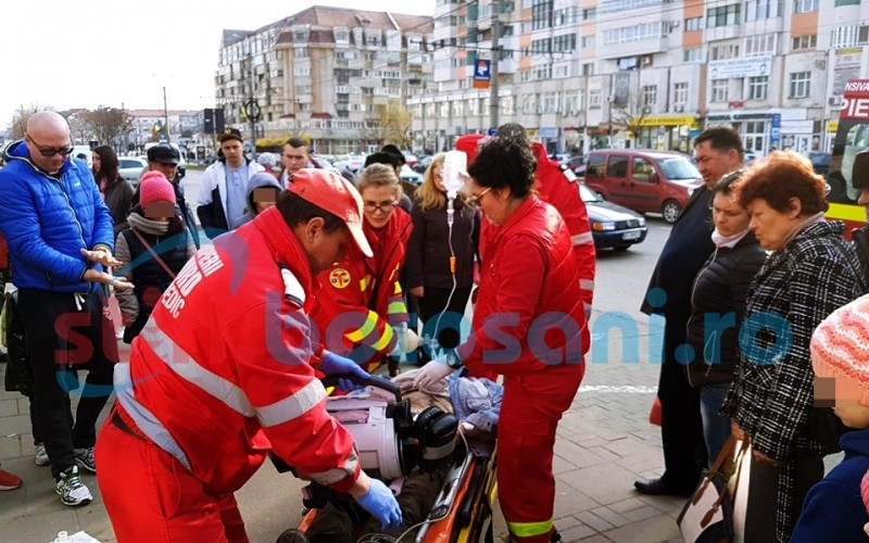 Bărbat în stop cardio-respirator, la Piața Mare! FOTO