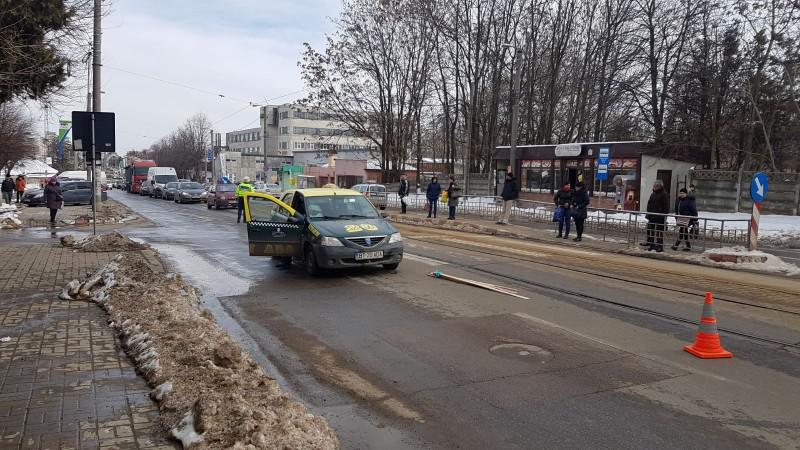 Bărbat lovit pe trecerea de pietoni. Cum se apără șoferul care a produs accidentul! FOTO