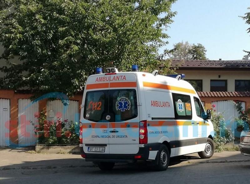 Bărbat mort după ce i s-a făcut rău în microbuzul cu care venea la Botoşani