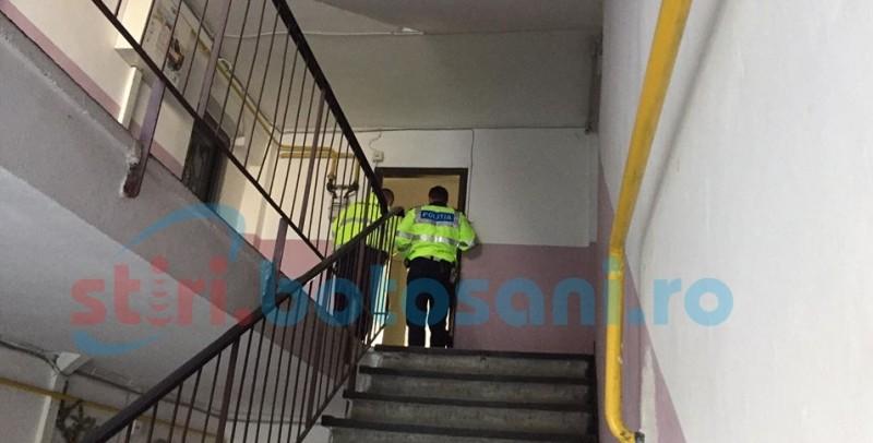 Bărbat ridicat de polițiști, după ce a amenințat că dă foc apartamentului părinților!