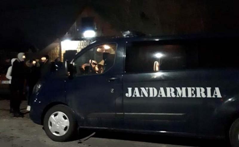 Barbut și alte jocuri de noroc la liber în barurile de la Botoșani. Jandarmii au pus piciorul în prag!