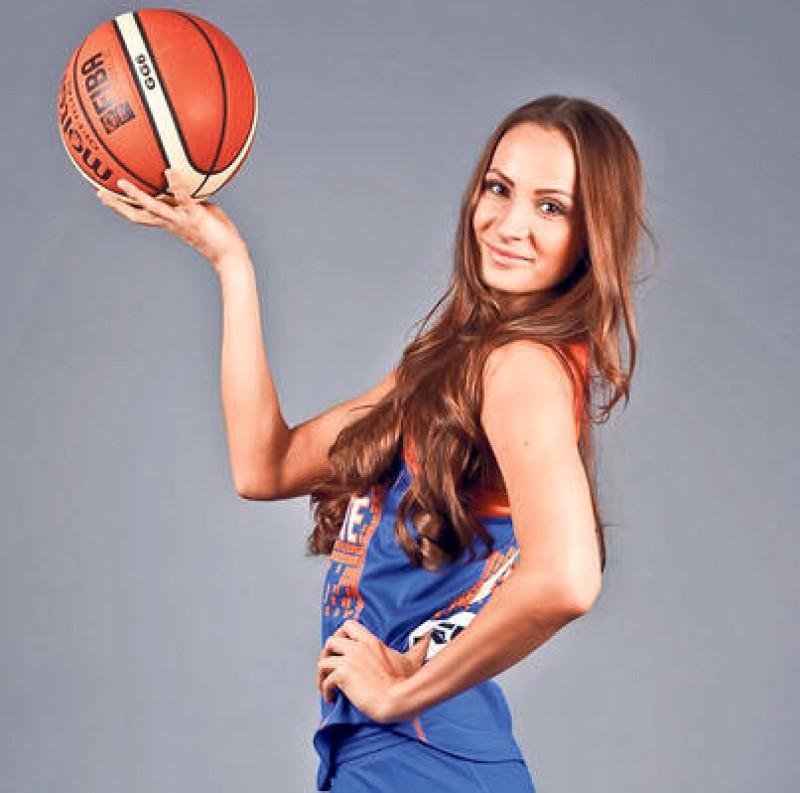 Baschetbalista Romina Filip, inca un an la echipa de prima liga Phoenix Galati - FOTO