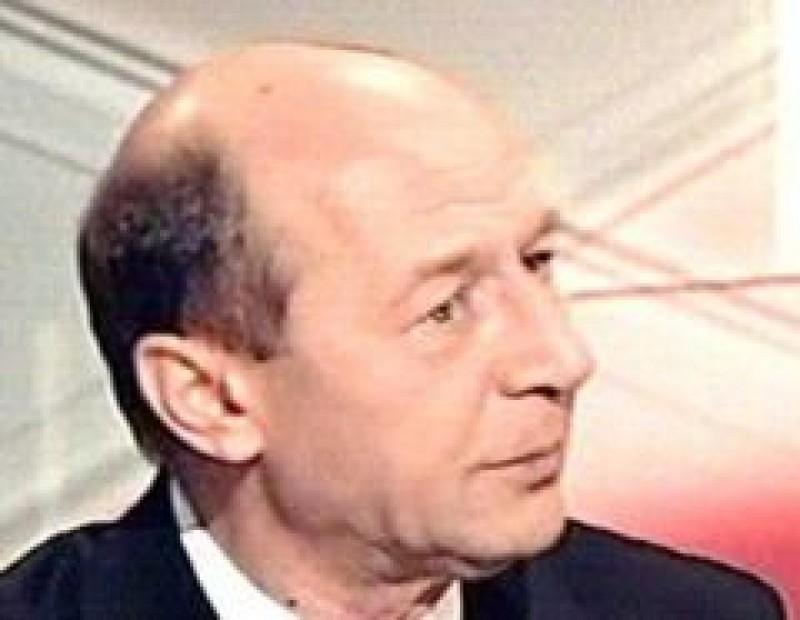 Basescu: Guvernul Boc ar putea fi pastrat pana dupa alegeri
