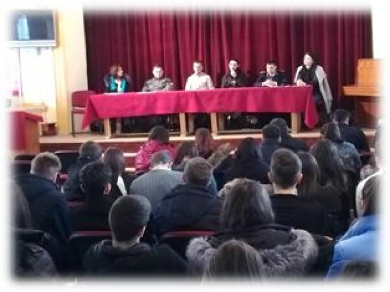 Biblioteca vie: Întâlnirea liceenilor cu deținuți și angajați ai Penitenciarului Botoșani