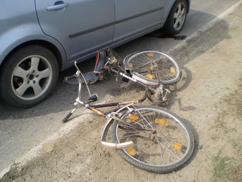Biciclistul imprudent, șoferul băut!