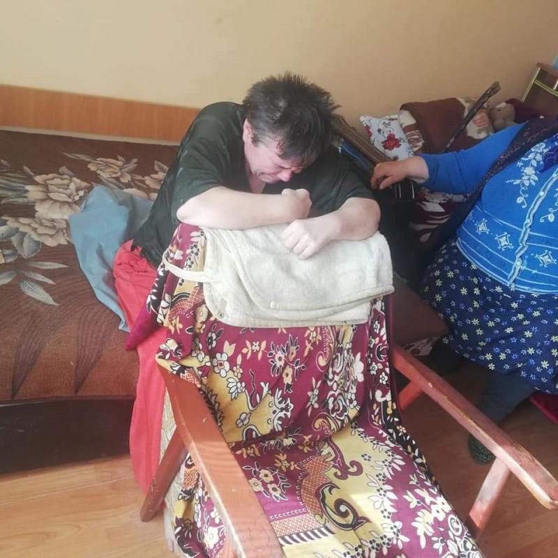 Blestem asupra unei familii din Vorona. Toți membrii suferă de boli grave și au nevoie de ajutor
