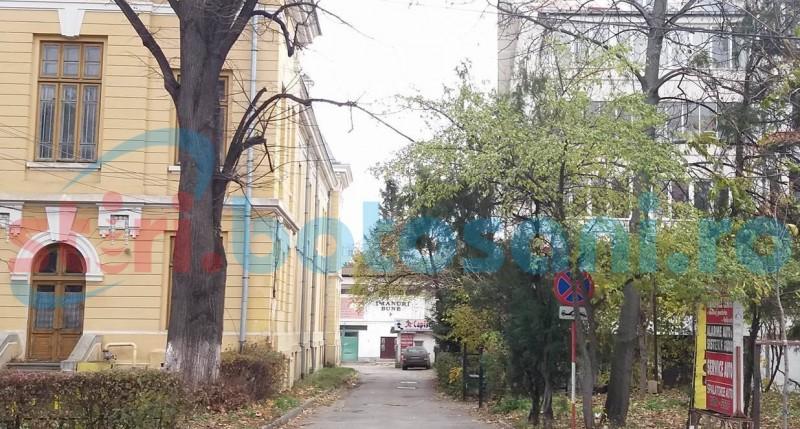 Blocuri şi parcare subterană în locul fostei UGIRA de pe Bulevardul M. Eminescu