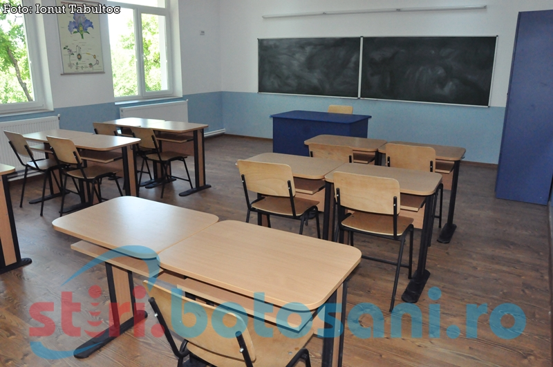 """Contract de muncă suspendat pentru un profesor de la o şcoală din Botoşani. A primit avizul """"inapt"""" din partea medicilor!"""
