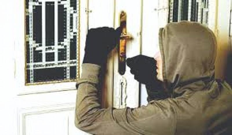 Botoșănean cercetat de polițiști pentru că a ascuns în casă bunuri despre care știa că sunt furate!