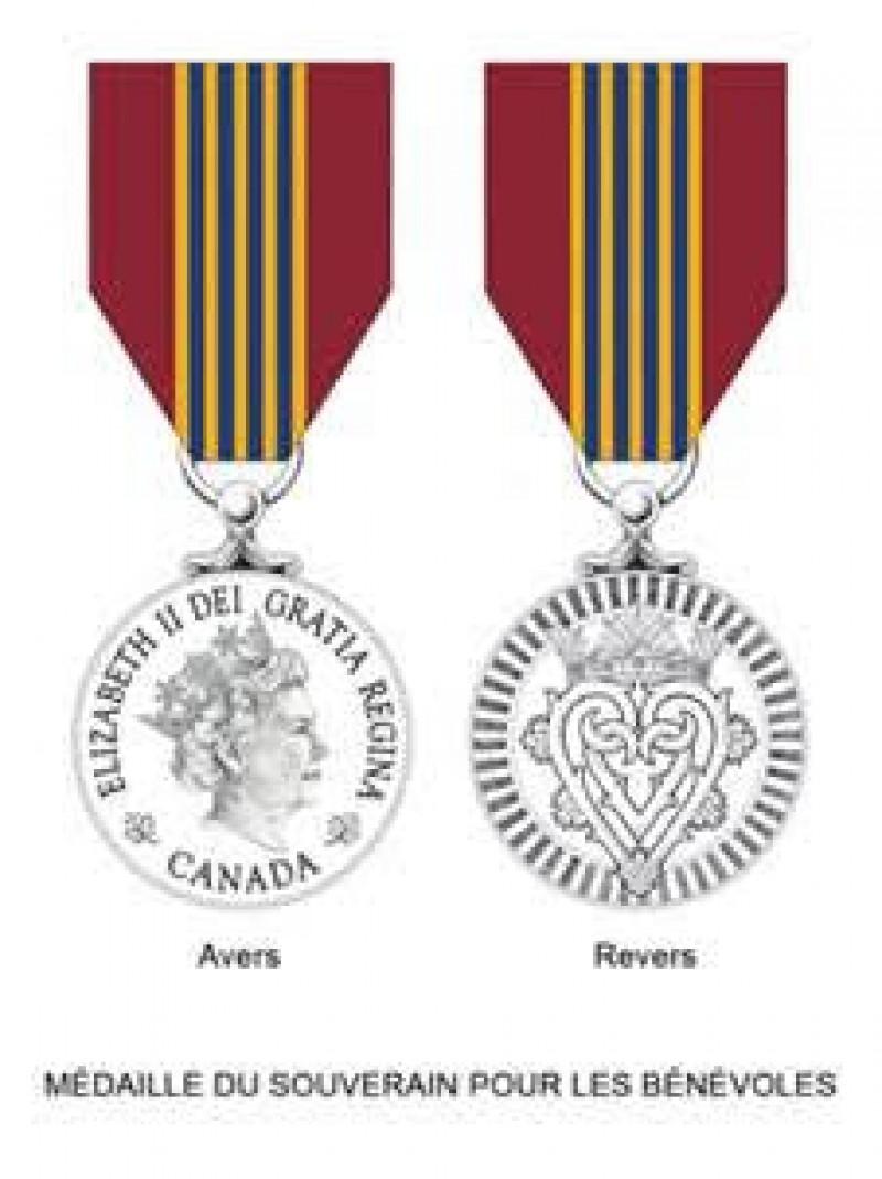Botosanean distins cu Premiul Guvernatorului General al Canadei si noua Medalie de argint a M.S. Regina Elisabeta a II-a a Angliei si a Canadei